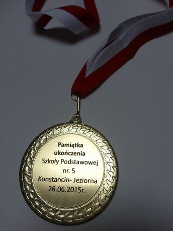 metalowe-medale-z-wklejka-na-laminacie-grawerskim-2-